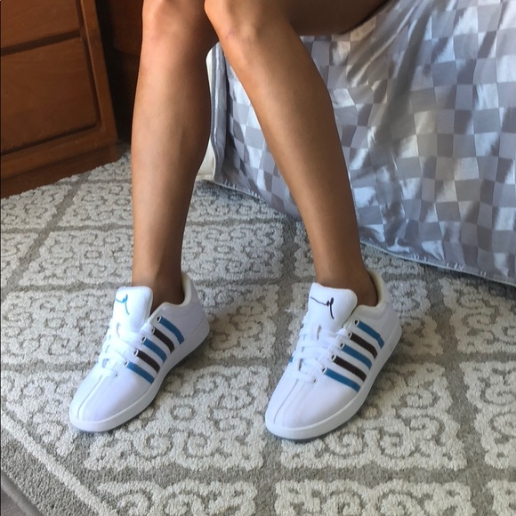 b298bdfeff6144 New K Swiss Gary V clouds and dirt white sneakers
